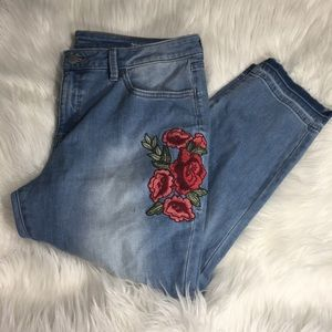 Embroidered Skinny Crop Jeans